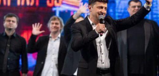 """Зеленський з'явився на """"Кварталі"""": на концерті заспівали про посадки"""