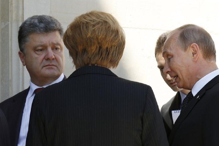 Українцям нарешті починає доходити – проблема все-таки не в Порошенку – блогер