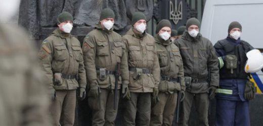"""""""Слуги народу"""" хочуть дати право нацгвардійцям вивертати кишені українців без будь-яких підстав – політолог"""