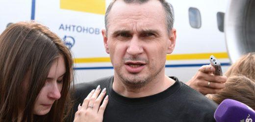 Олег Сенцов: Я дуже сподіваюсь, що зможу дожити до тих часів, коли українськи закони на чолі з Конституцією будуть не просто паперами, якими крутять, як кому завгодно