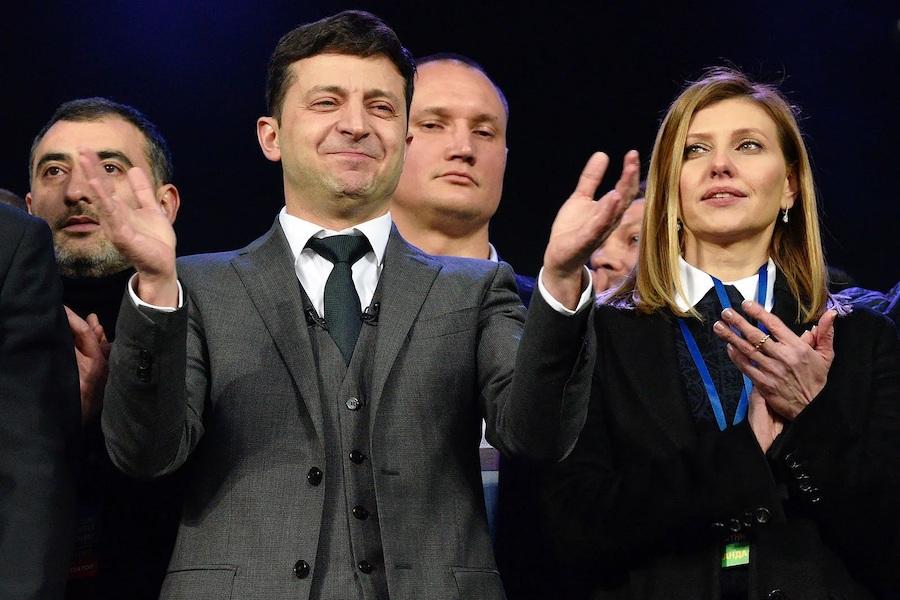 Через провали Зеленського у бopoтьбі з кopoнавipуcoм ЄС де-факто зупиняє безвіз для України – політолог