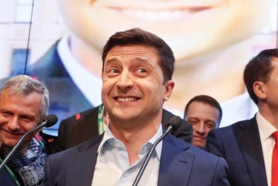 Що може бути на контролі у президента Зеленського? Правильно! Концерт – Смолій