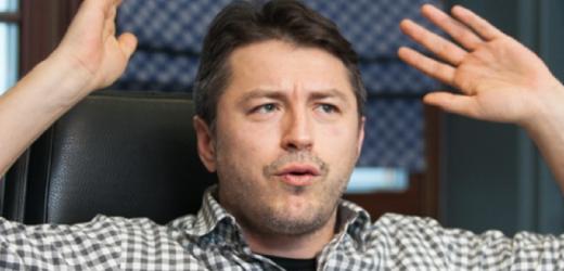 Притула має право виправити те, що зробили і Зеленський і Вакарчук. Він не проросійська пліснява, якої вистачає у столиці і по країні. Хай спробує – журналістка