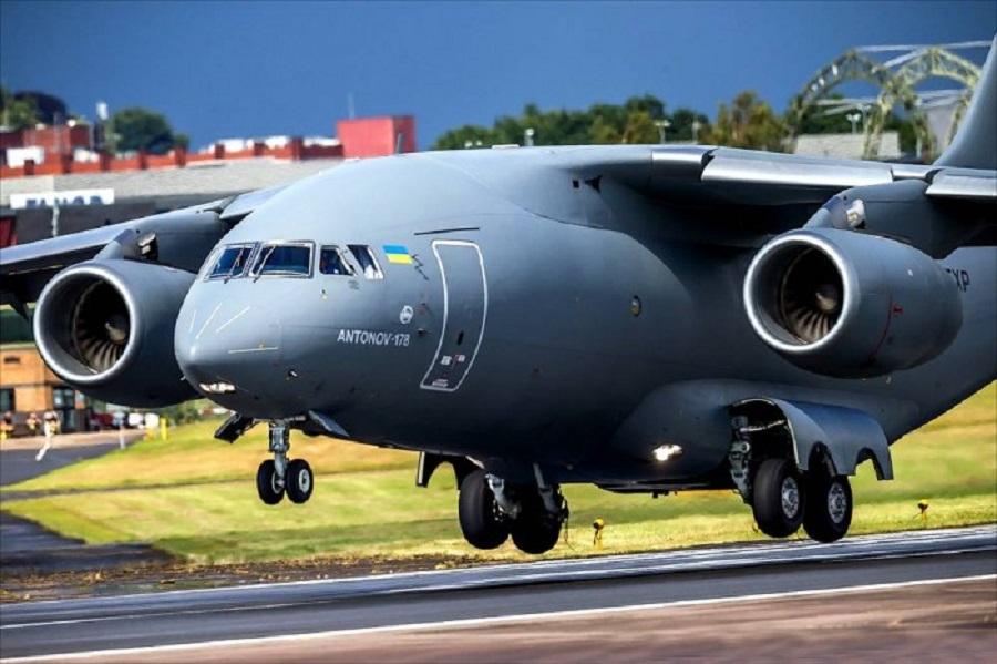 """Тепер без Росії! Є перший літак! """"Антонов"""" випустив перший серійний Ан-178 без pociйських деталей"""